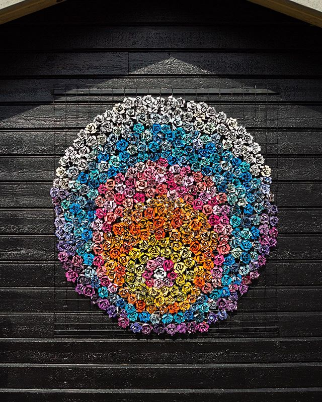 SARAH BUTTON (@lightsthatnevergoout) for ARTSCAPE 2019 LJUSDAL! 🌹♻️🐝 Sarah's spraycan roses are poetic kickbacks, reflecting on sustainability and nature. Wish all our used cans could end up that way! ☺️ #artscape2019ljusdal #sarahbutton #lightsthatnevergoout #artscape #ljusdal #hälsingland #trashart #recycledart #streetart #urbanart #gatukonst #gatukonstsverige #artscape2019