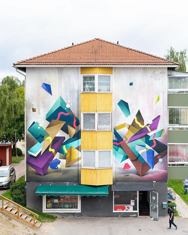MIKAEL B (@mikaelbrandrup) for ARTSCAPE 2019 LJUSDAL! 🔥🤩🔥 #artscape2019ljusdal #mikaelb #mikaelbrandrup #gatukonst #streetart #streetartsweden #muralism #ruralmurals #urbanart #urbankonst #graffiti #spraycanart #streetartdenmark #ljusdal #artscape #hälsingland #artscape2019 #artscapeljusdal #bagargränd