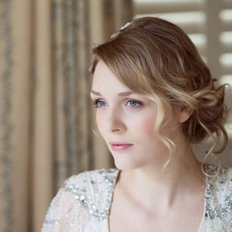 I love to style hair and make up to make it look effortless @gilpinhotel photography @lisaaldersley #weddinghair #weddingmakeup #lakedistrictweddinghairandmakeup