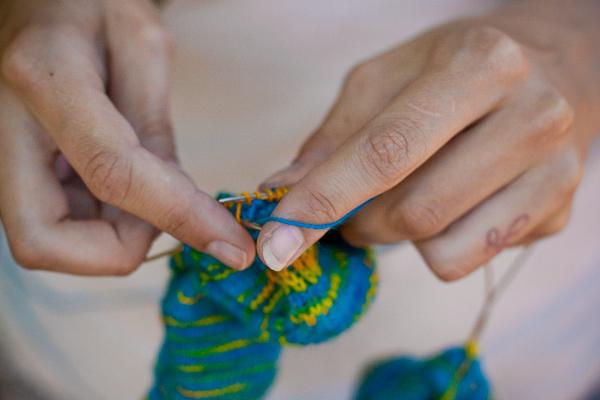knitting hands.jpg
