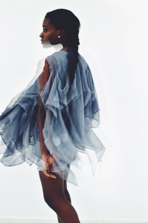 Flux Formation:Exploring static movement - A FASHION COLLECTION THAT EXPLORES THE IDEA OF PHOTOGRAPHY AND ITS ABILITY TO CAPTURE A SENSE OF ENERGY AND MOTION WHILE CONFINED TO A STILL IMAGE.
