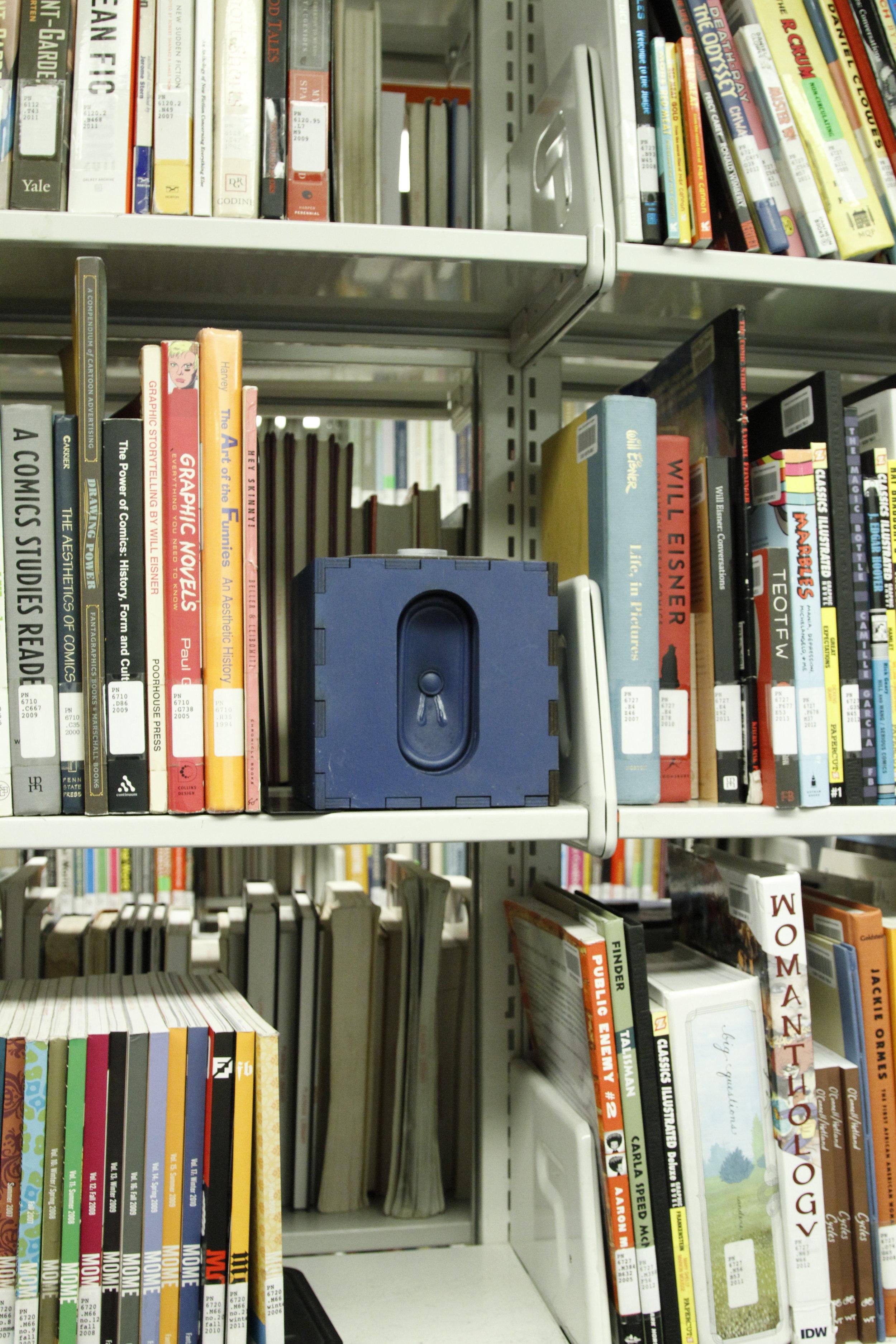 blue speaker.JPG