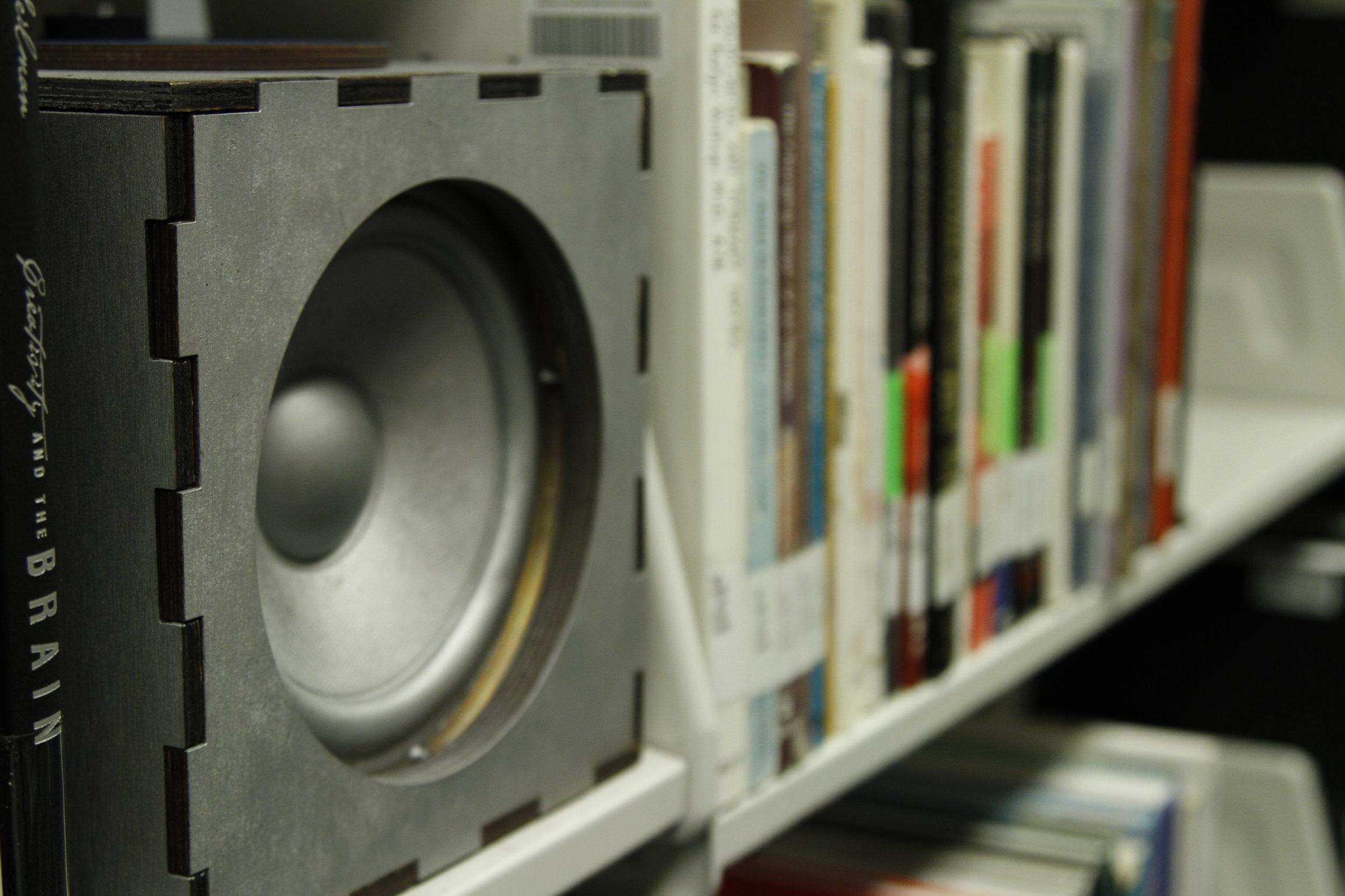 silver speaker3.JPG