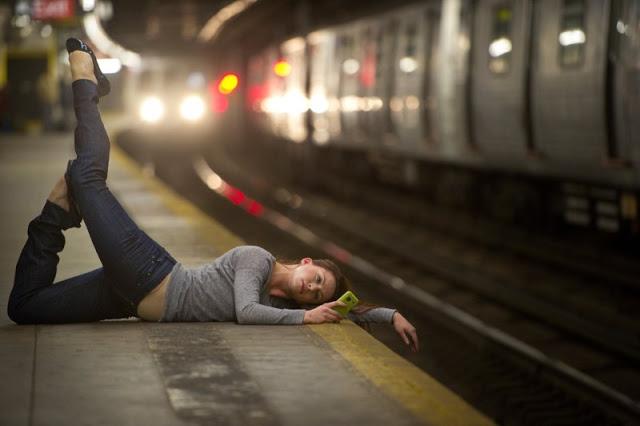 dancers-among-us-chicquero-photography-dance-a-train-lisa-cole.jpeg