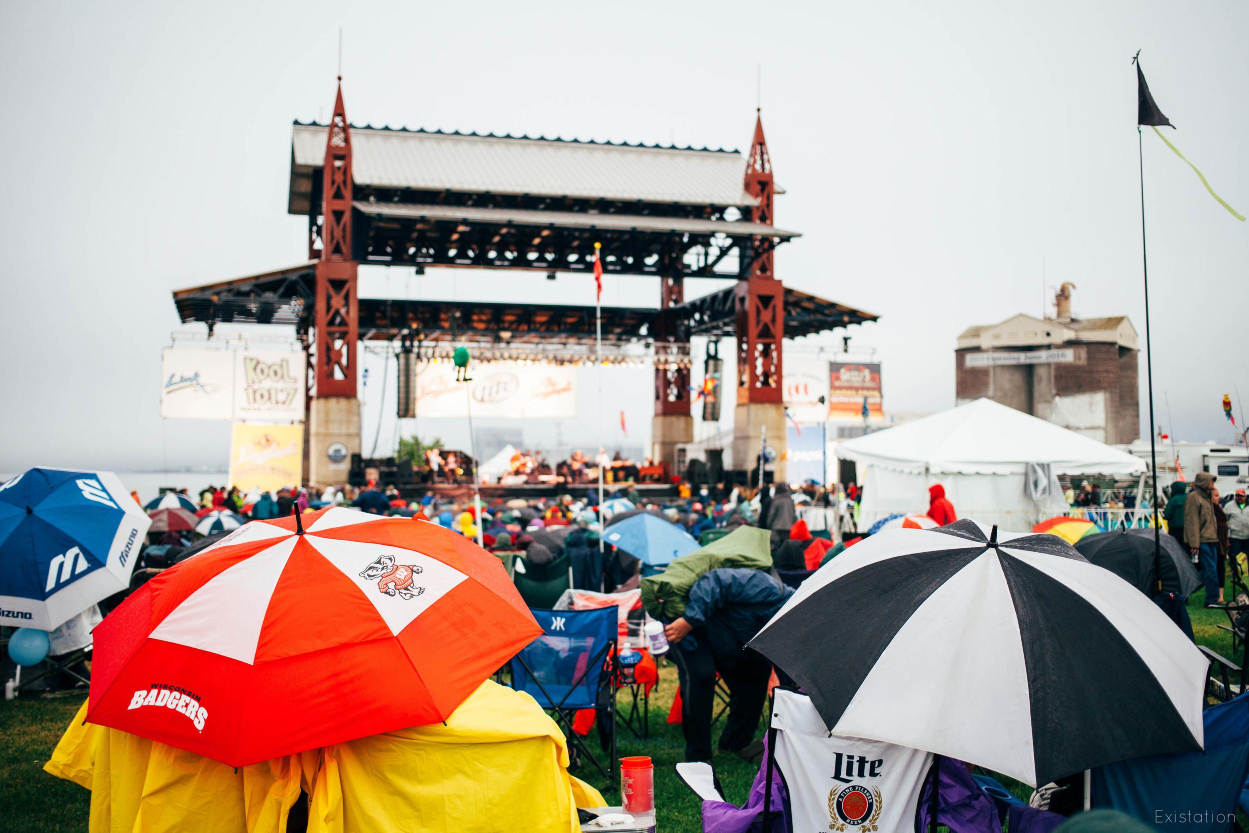 bayfront blues festival rainy.jpg