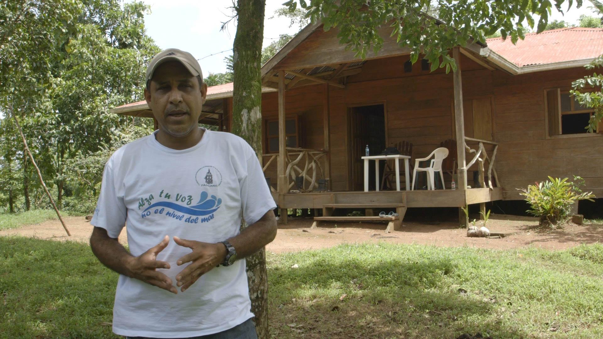 Miguelito, Reserve lodge - video still, Tom
