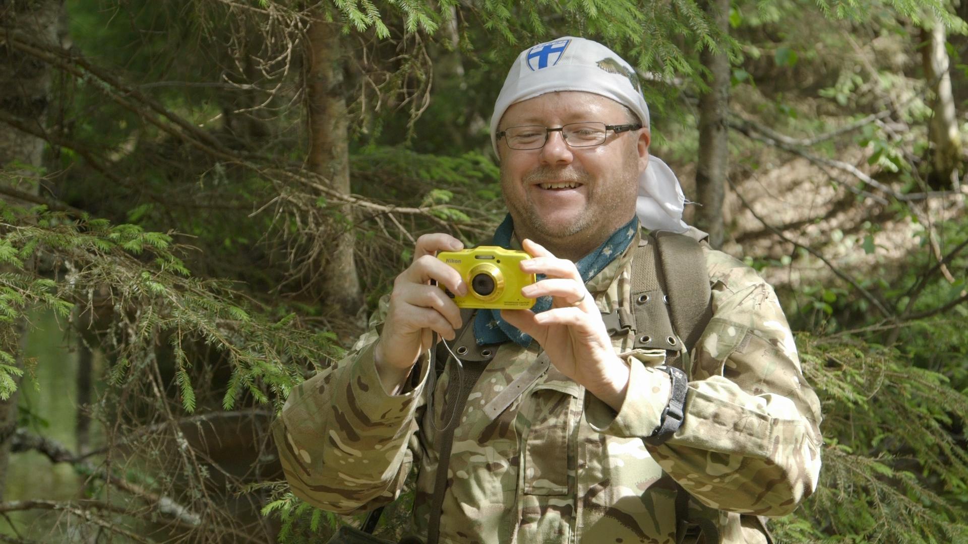 Tarmotaking photos of tom taking video of tarmo