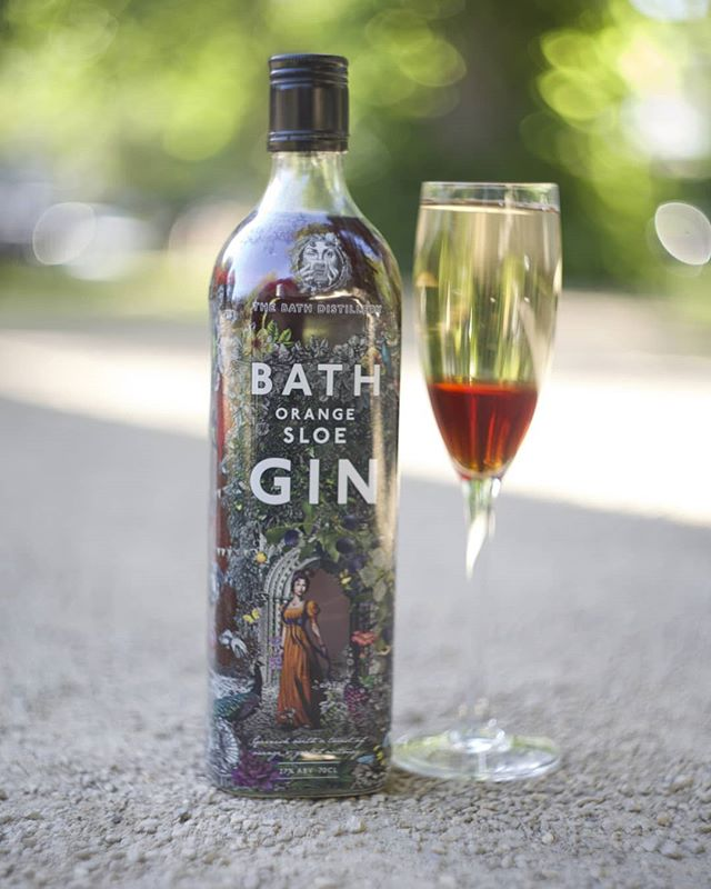 Bath Gin Orange Sloe, Royale Style. Why not enjoy a splash of orange sloe in your prosecco while you're in the garden this week! . Get your bottle here:  https://www.thebathgincompany.co.uk/shop/bath-gin-orange-sloe-700ml-27-vol