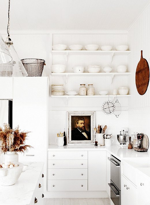 The simplicity of all-white kitchen is perfect for the country and beach house