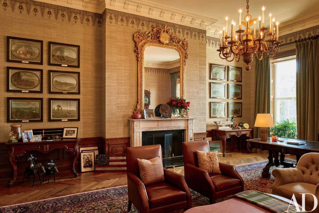 The Obama Treaty Room - loving those leather armchairs