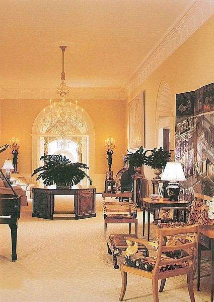 The central hall as decorated for Former President George W & Laura Bush in 1991