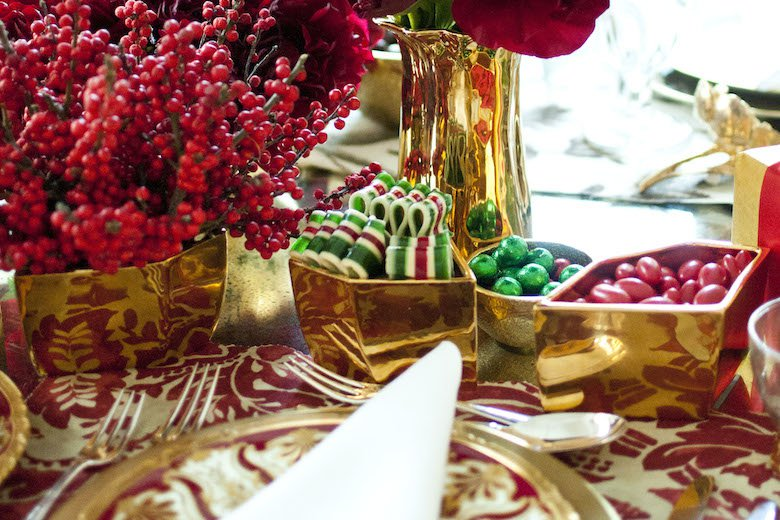 I'm a big fan of Aerin Home Accessories - they're of exceptional quality,always chic and most important it can all be used for year-round entertaining