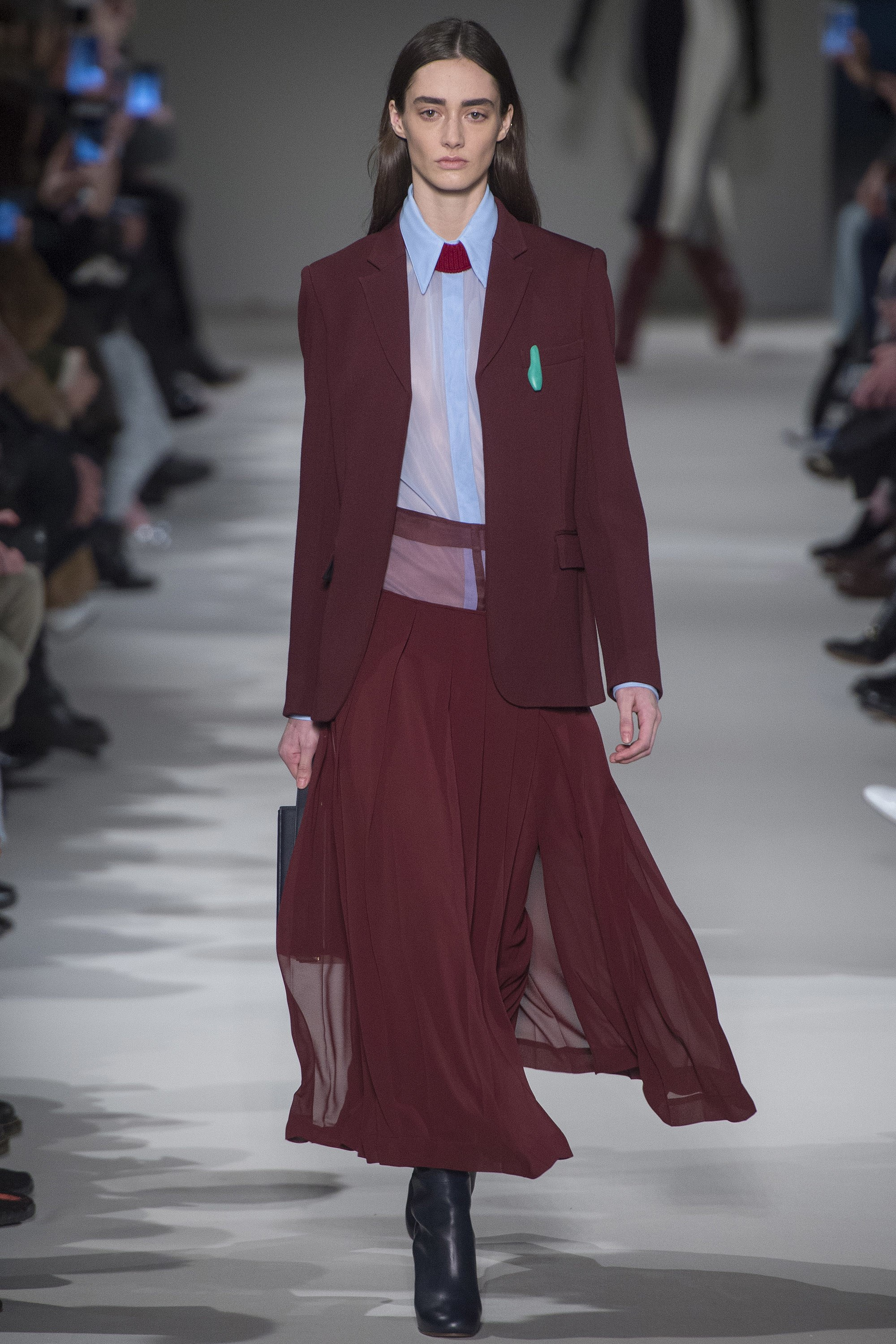 Victoria Beckham Fall 2017 - Ready to Wear