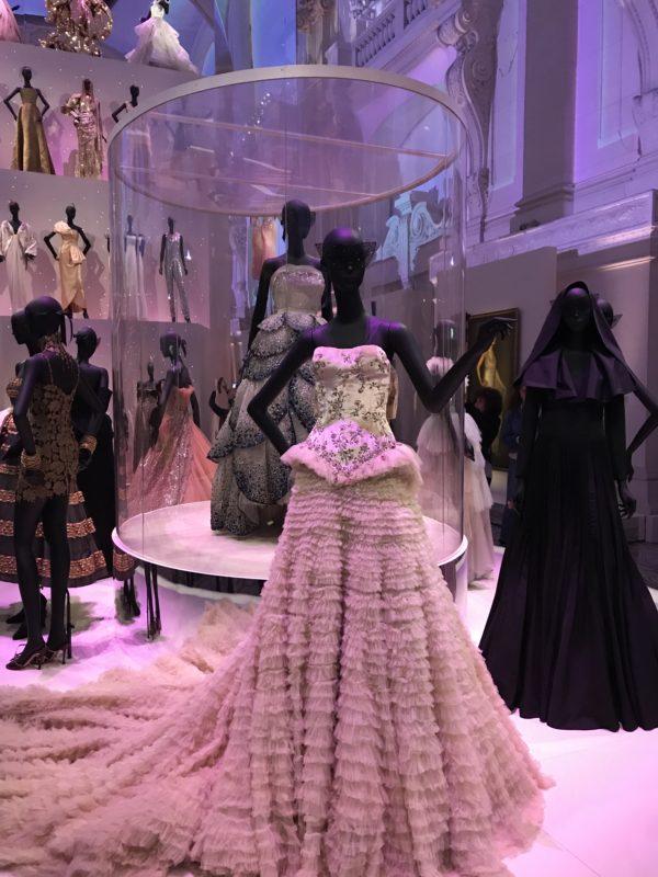 Elegant Dressing - Christian Dior: Couturier du Rêve - Doreen Chambers Top Interior Designer - Brooklyn - New York - South Florida