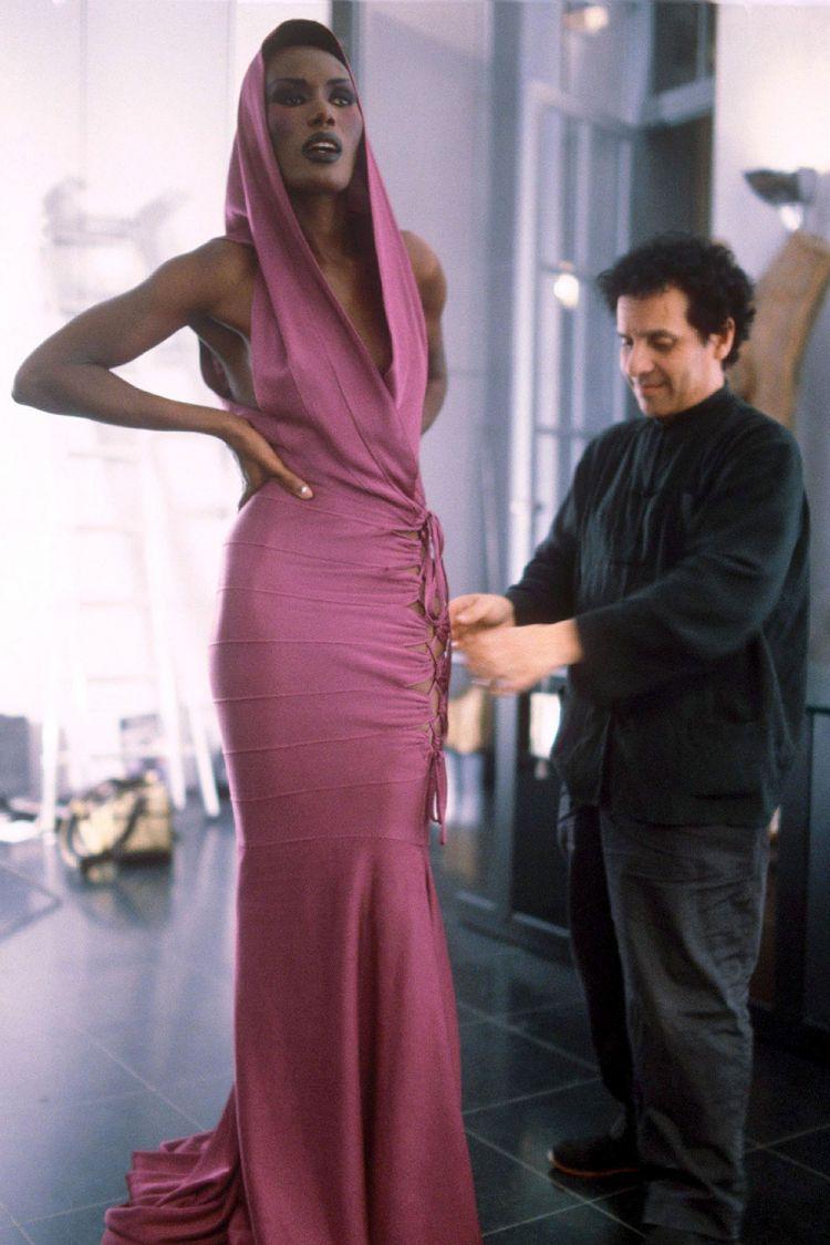 Azzedine Alaïa dressing Grace Jones for the 1985 Oscars de la Mode  - photo from Vogue Arabia