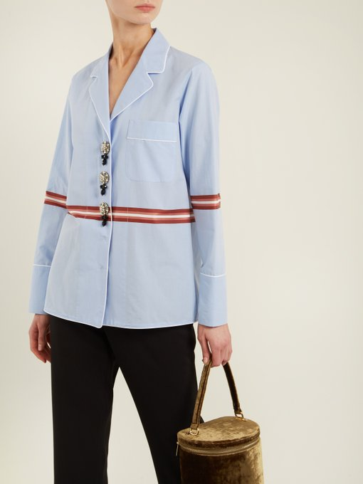 No. 21 Striped crystal embellished shirt with crisp contrast piping detail works well as a separate, or