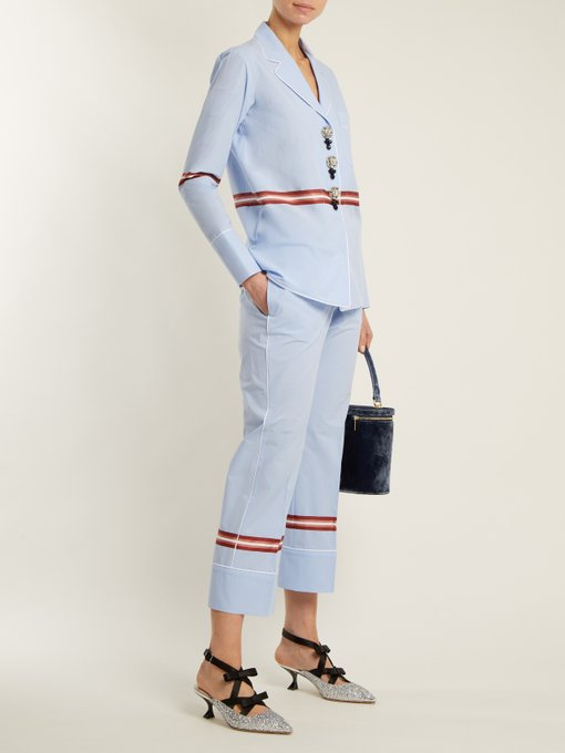 Full-on look with matching  straight leg chambray pants  and an unexpected kitten-heel