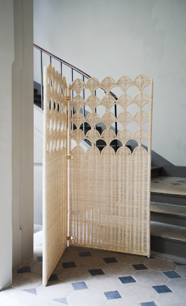 """Rattan wood &leather """"scales"""" screen"""
