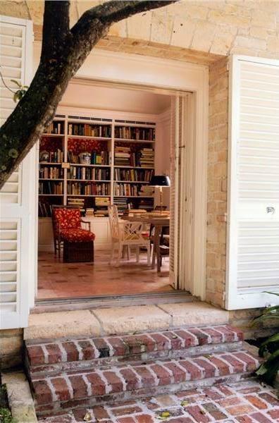 Bunny Mellon's library with the same Dek Tilett fabric
