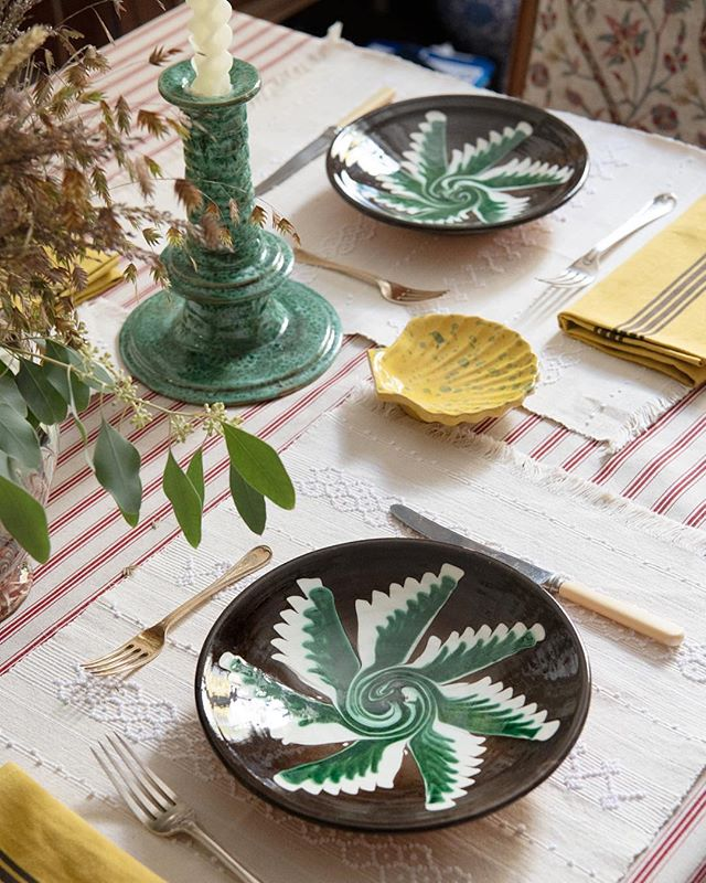 caroline-irving-and-daughters-home-place-setting-table-plate-candlesticks-napkins.jpg