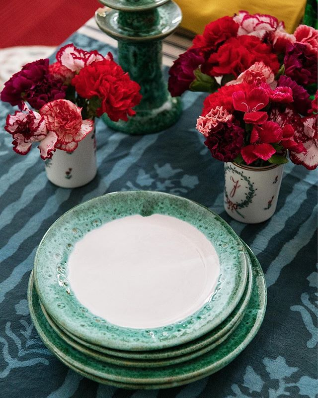 caroline-irving-and-daughters-home-place-setting-table-plate-green.jpg