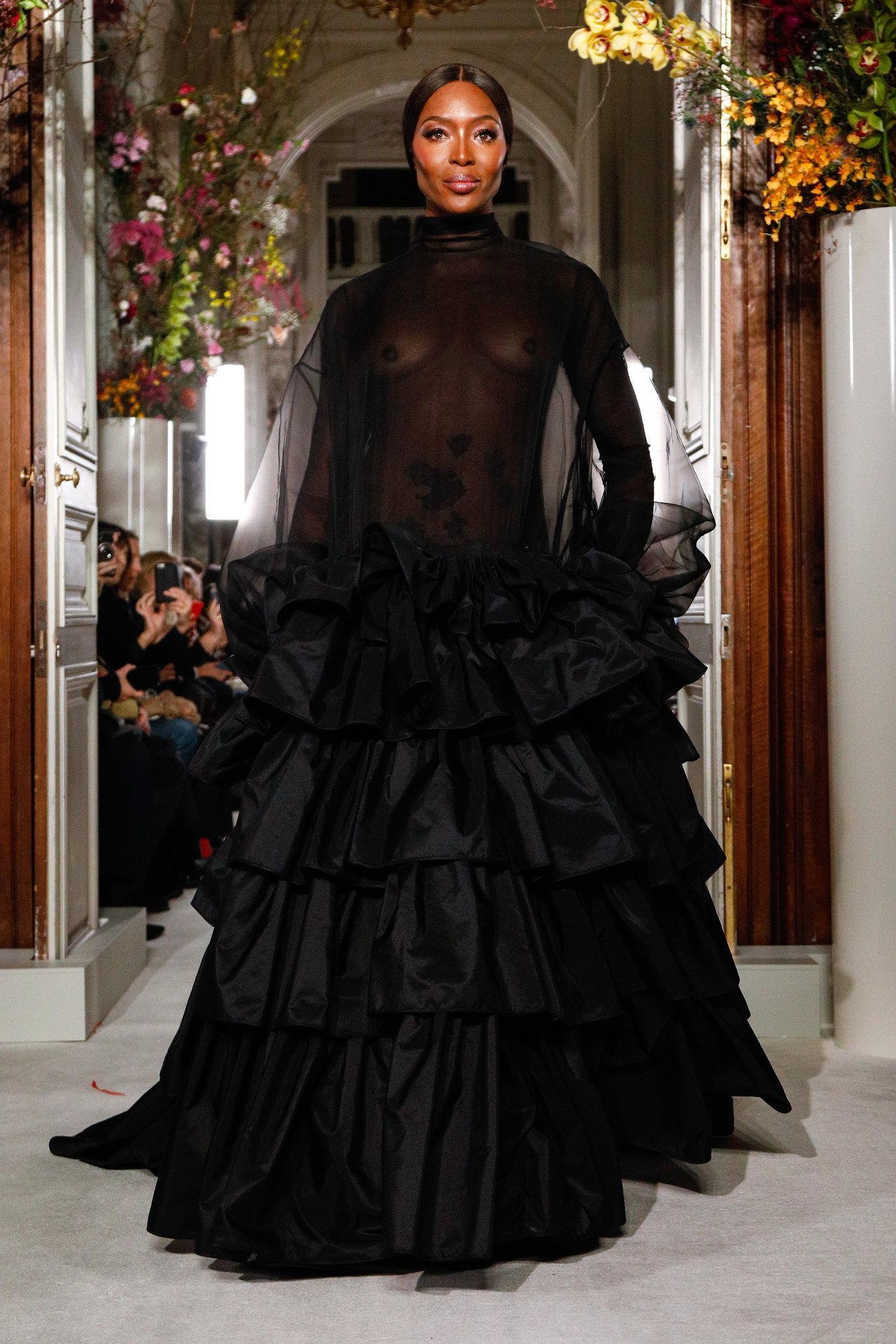 Valen-spring-2019-couture-slide-BYV5-superJumbo.jpg