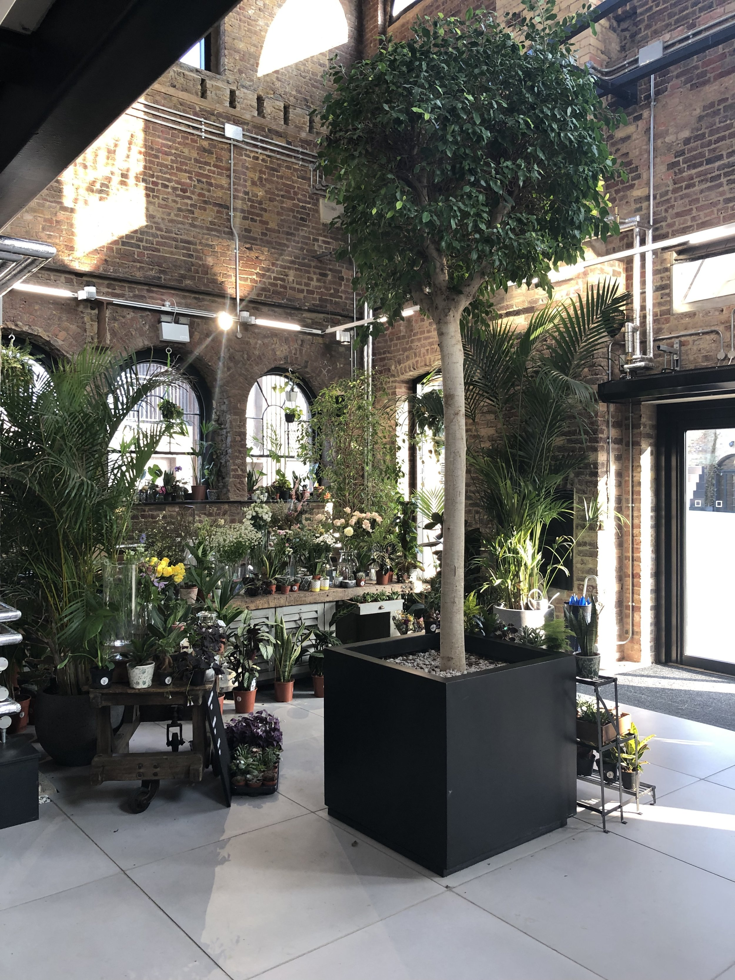 Glamorous_Living_coal_drops_yard_kings_cross_london_Doreen_Chambers_luxury_interior_design_Brooklyn_New_York_Fort_Lauderdale_Miami