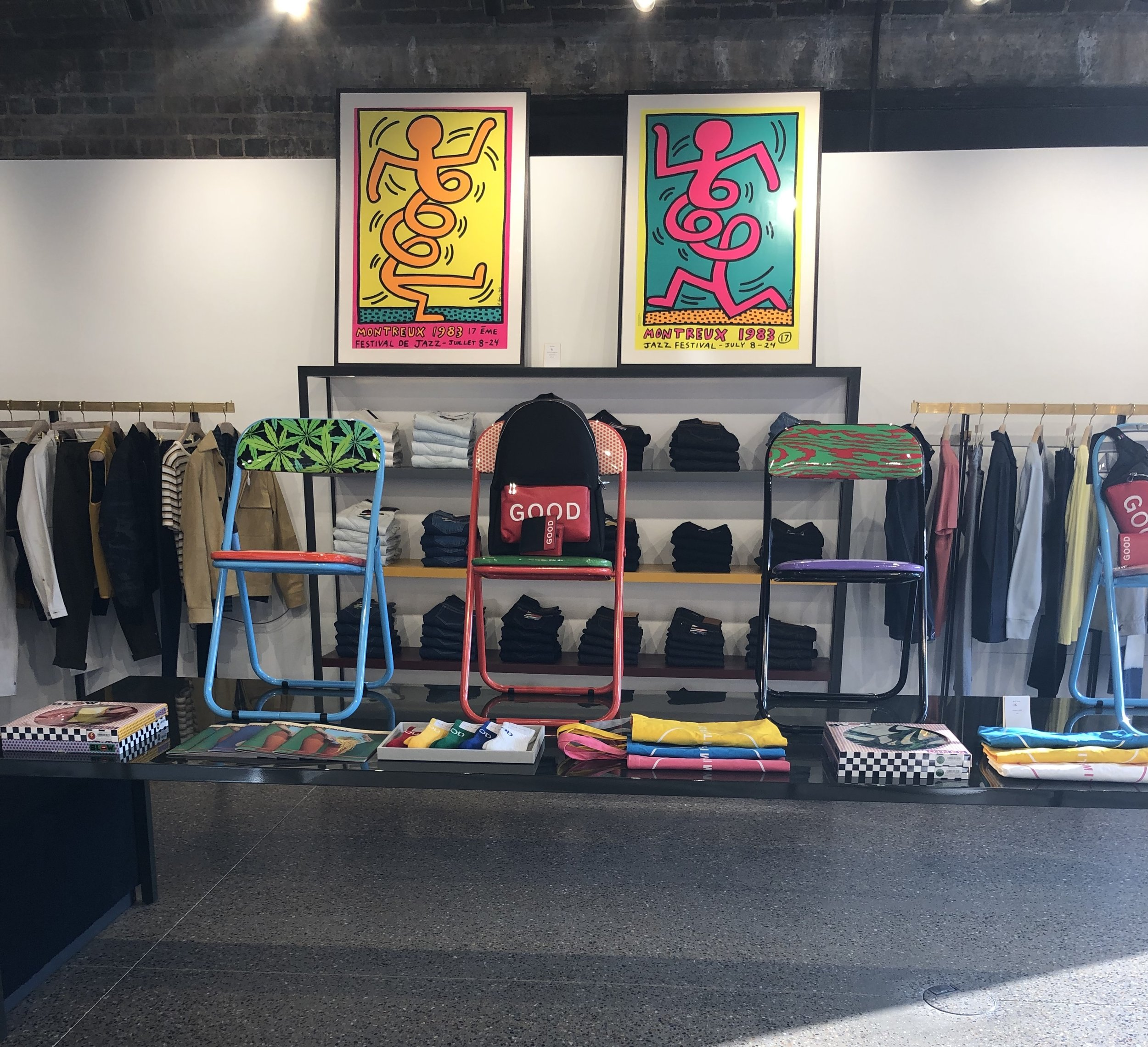 Paul Smith's eclectic men's and women's apparel, accessories, gifts and art…  paulsmith.com