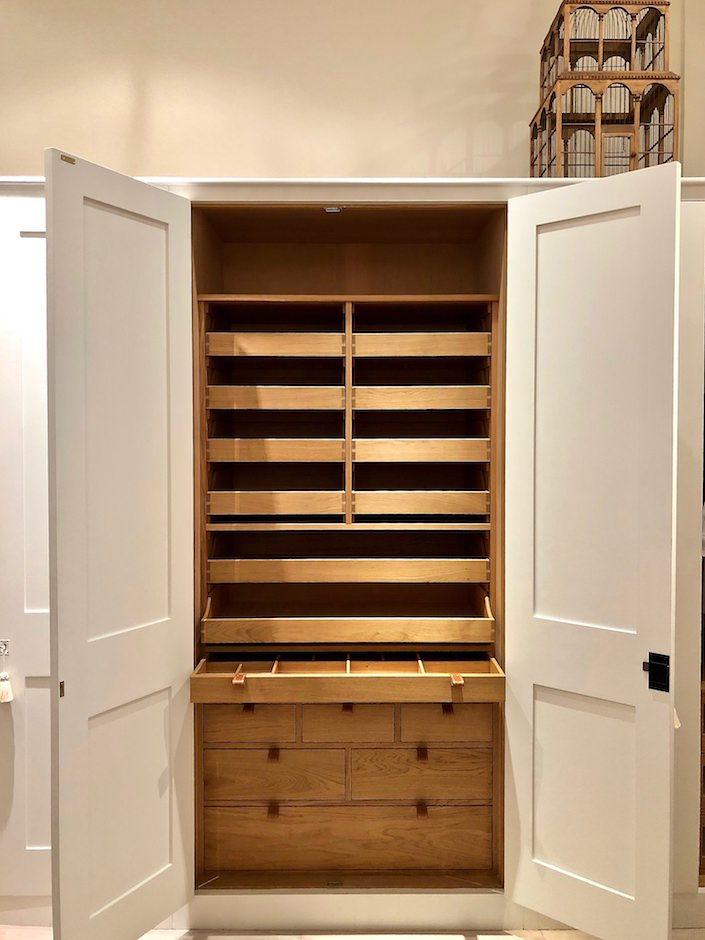 Plain-English-bedroom-closet-plain-english-comes-to-new-york-doreen-chambers-luxury-interior-design-brooklyn-new-york-fort-lauderdale-miami-delray-beach