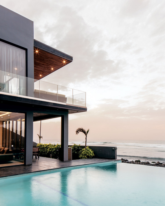 OMG - this is an infinity pool to outdo all others and what a view!!