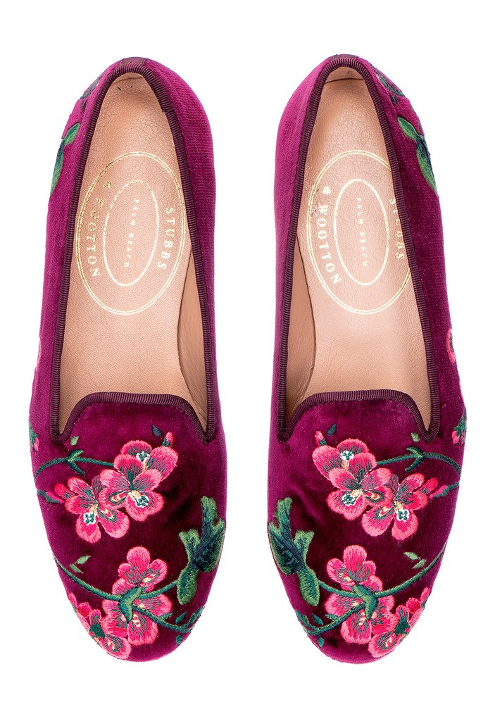 The Geranium slipper with a burgundy cotton velvet background and complementing burgundy grosgrain trim is beautifully embroidered with pink geraniums - the Climbing Geranium pattern is apparently out of production, but maybe these slipper warrant its comeback!