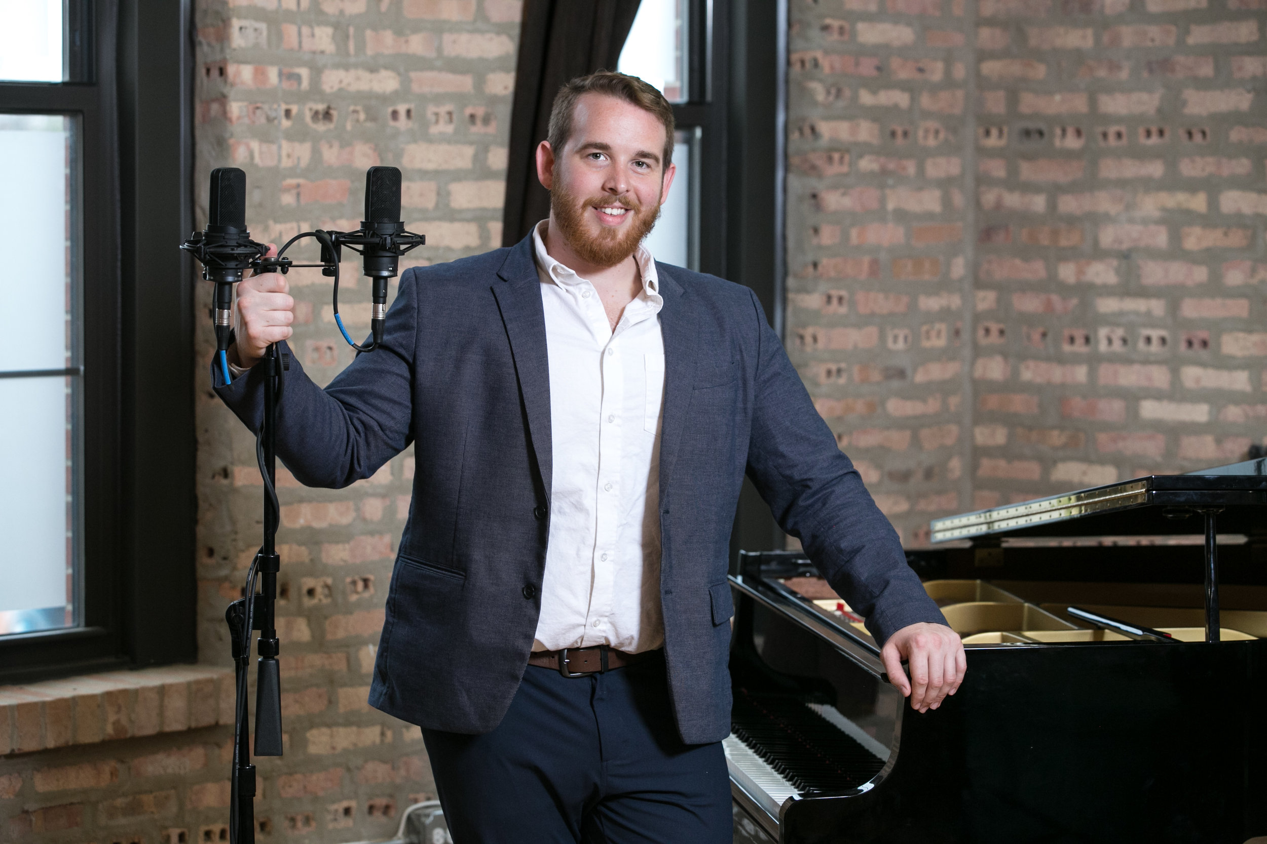 Audio/video engineer Aaron Gottl.