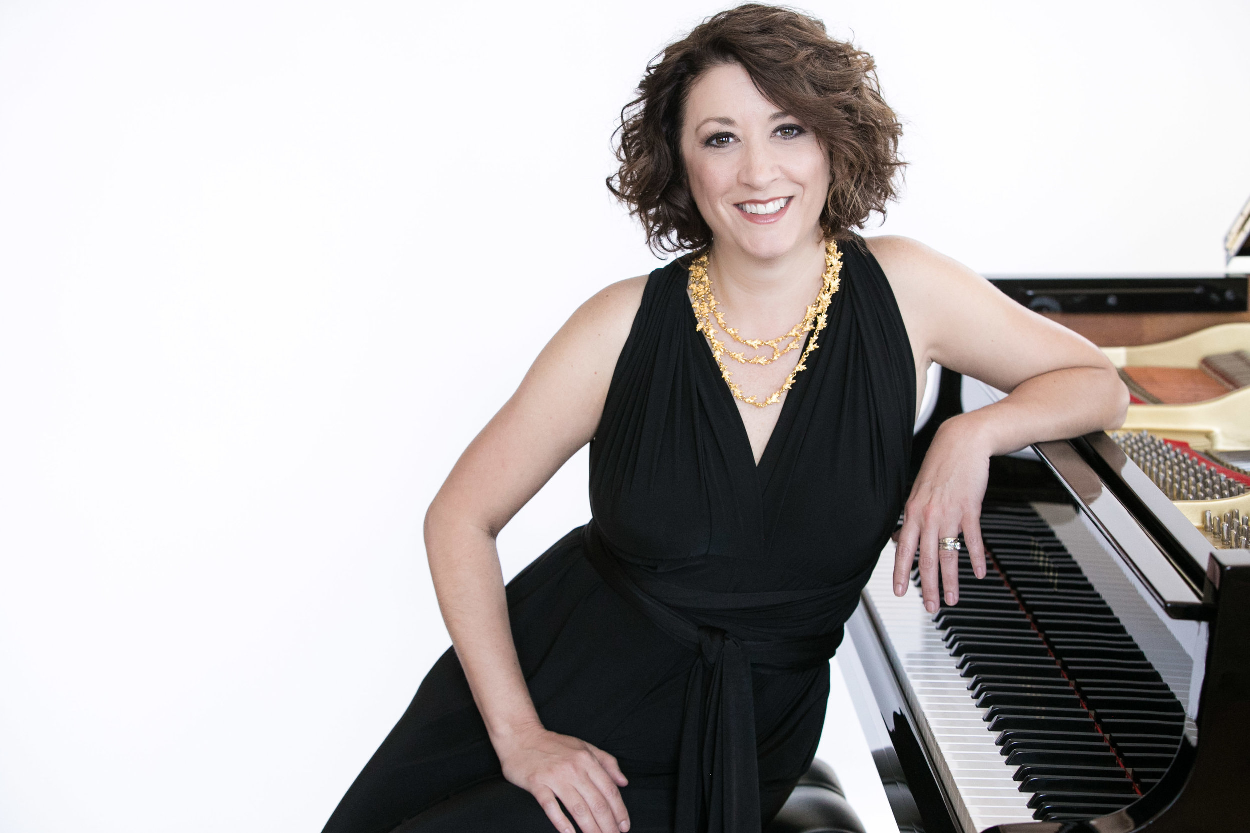 Pianist Shannon McGinnis.