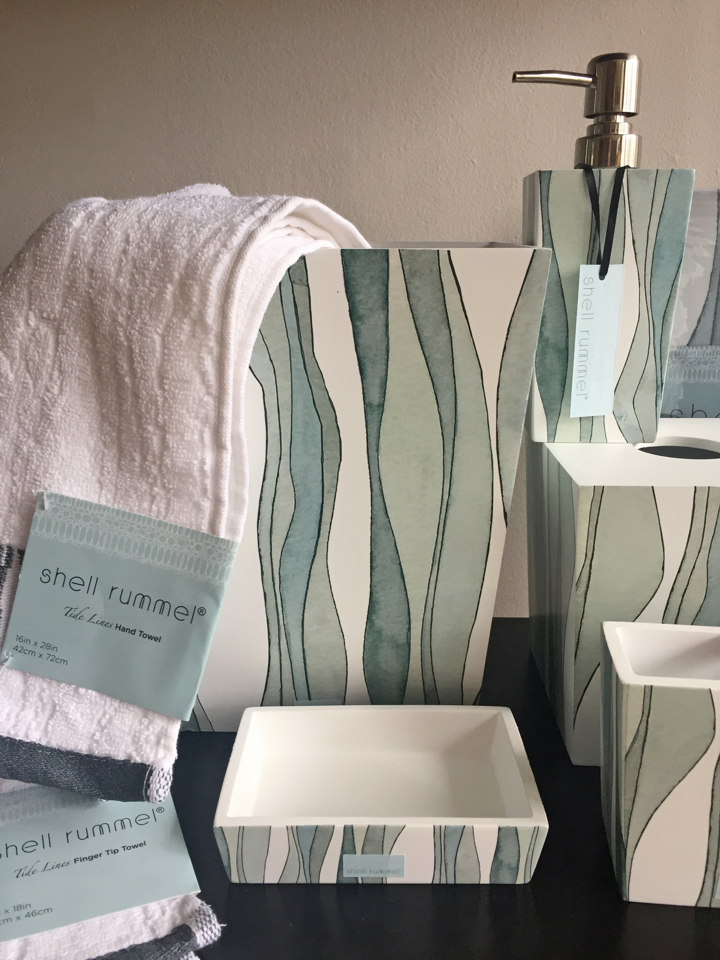 Shell Rummel TideLines Bath Collection