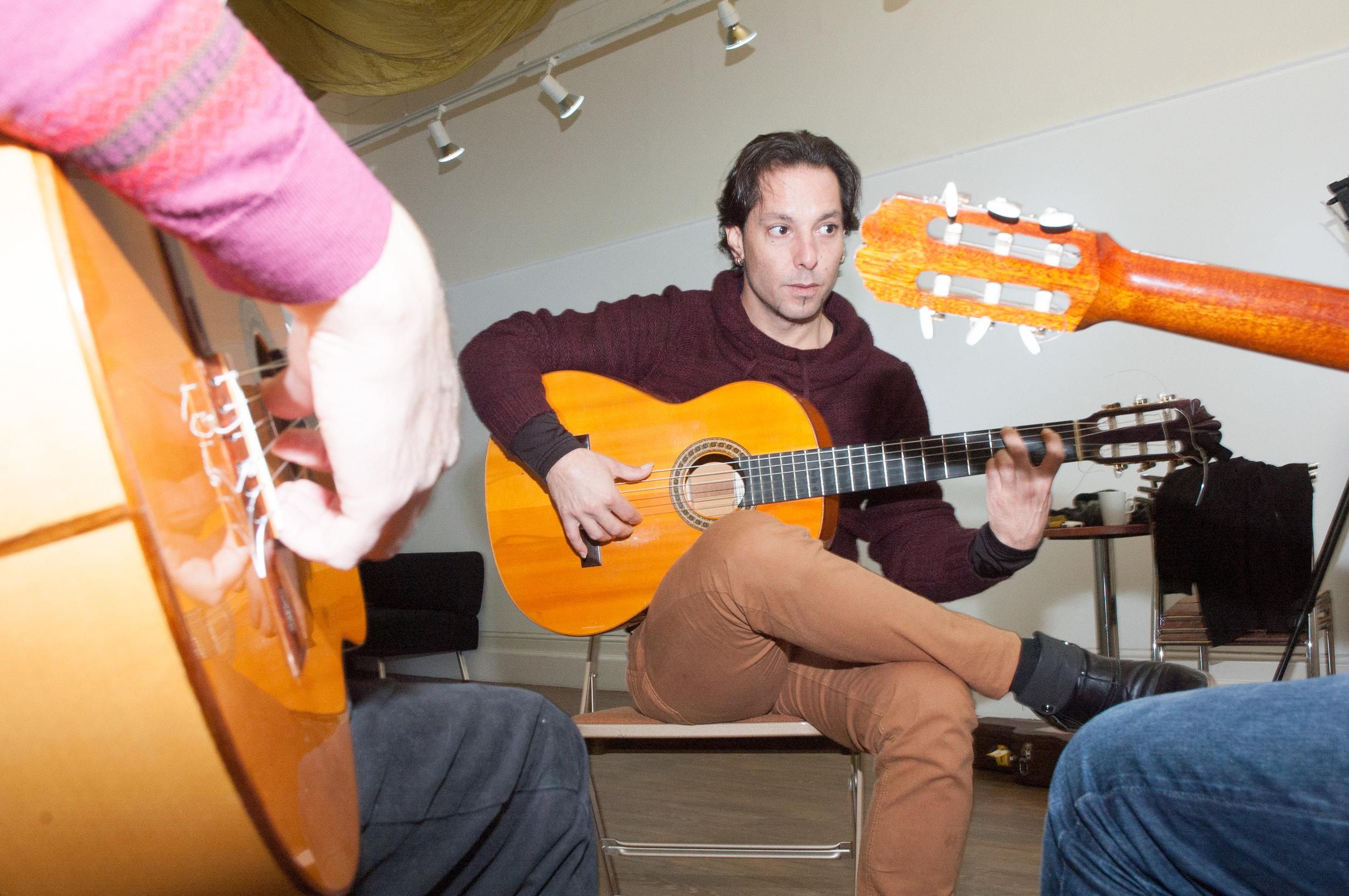 David Cuevas Guitar Workshop credit © Tricia de Courcy Ling-Flamenke -8.jpg