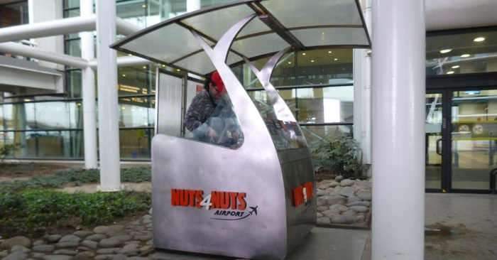 Hot nuts!