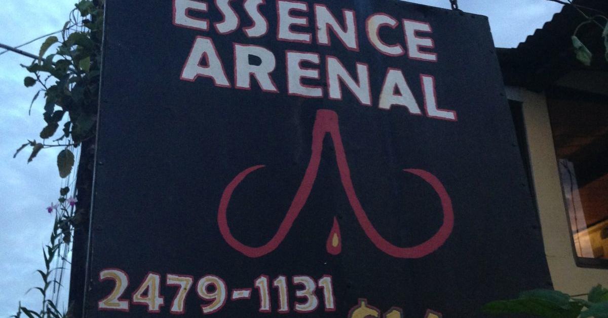 Essence Arrenal