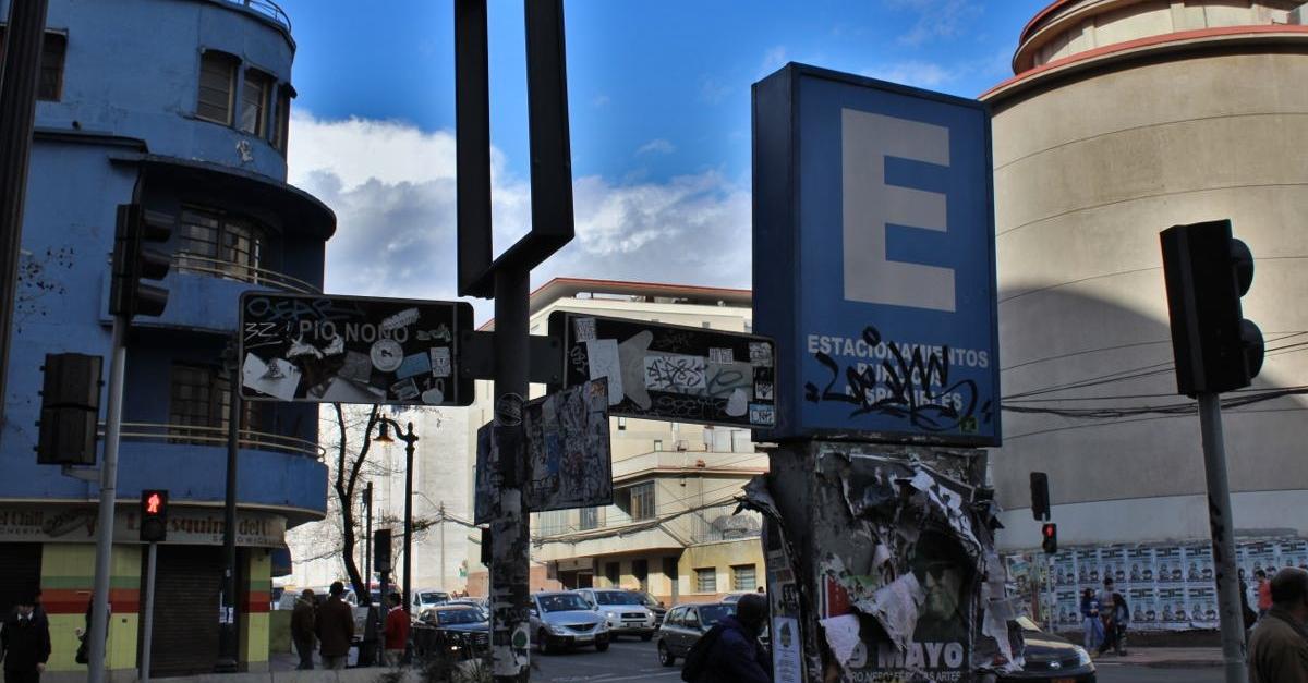 Street Signs, Santiago