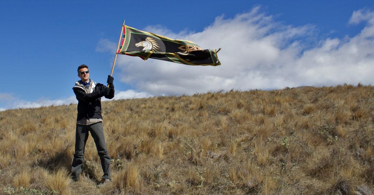 pelennor-fields-rohan-banner.jpg