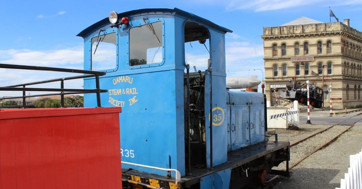 32-0-steam-rail.jpg