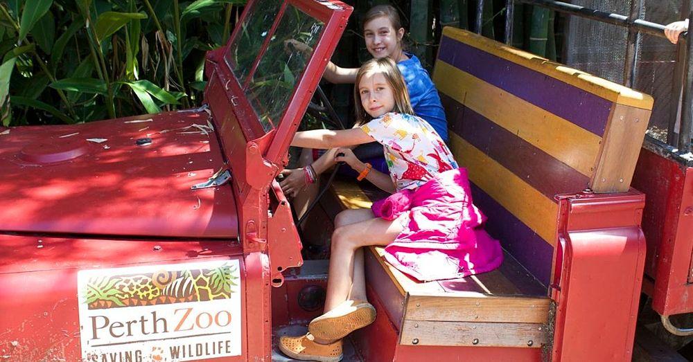 Perth Zoo: Human Girls