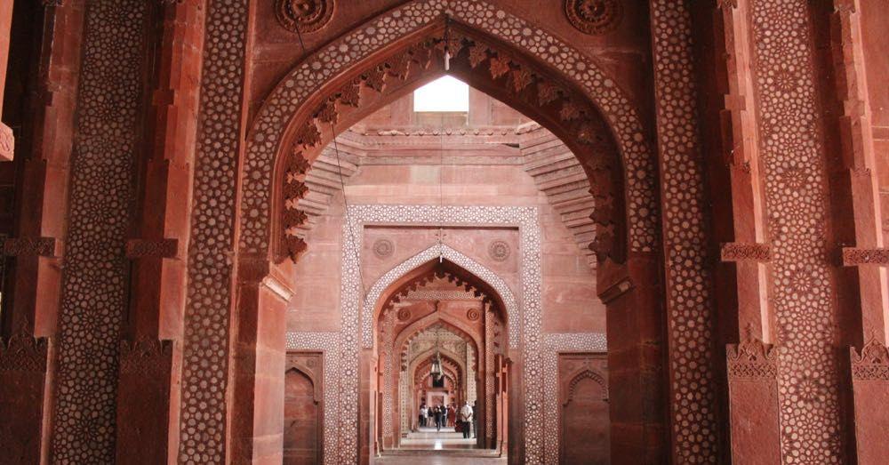 Halls of the Jama Masjid, Fatepur Sikri