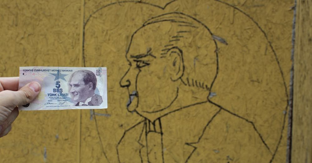 Araturk: Money & Grafiti