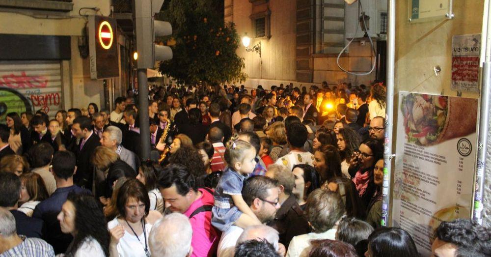Semana Santa Crowd
