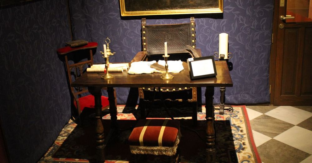 Inquistor's Desk