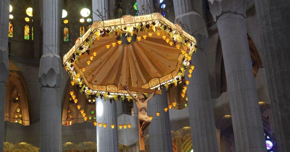 Sagrada Familia Crucifix