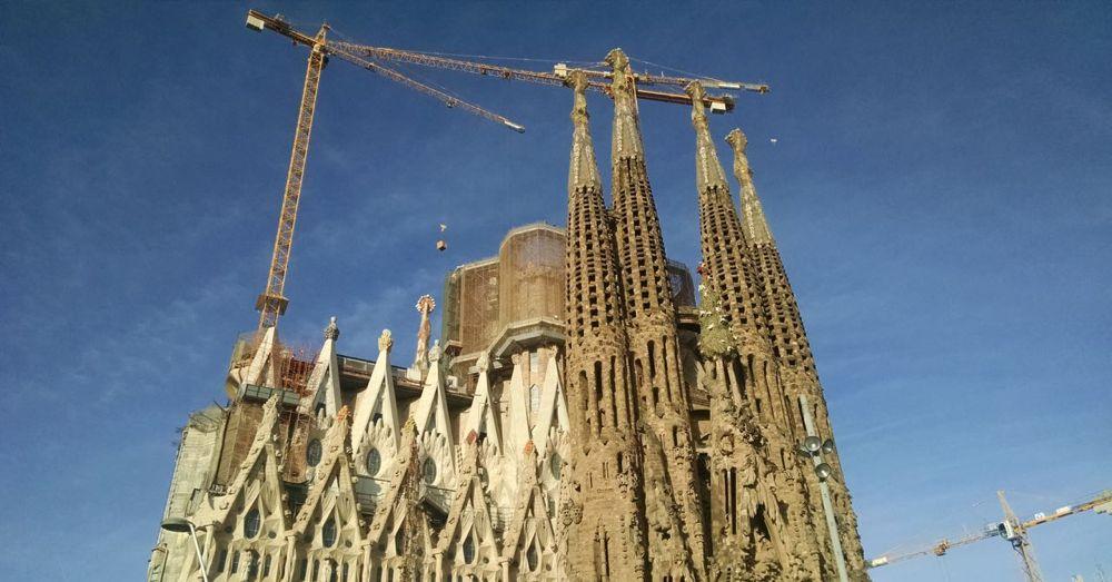Sagrada Familia, Parting Shot
