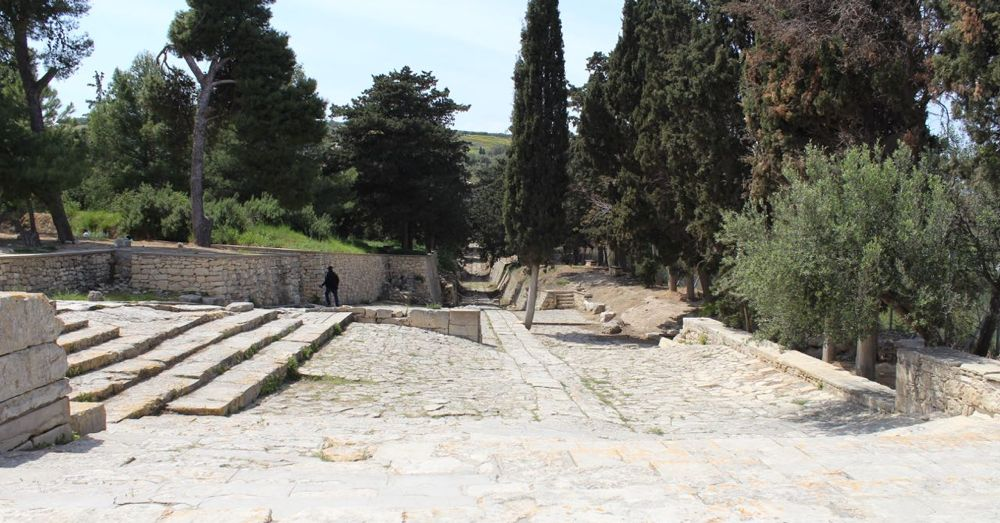 Road to The Palace at Knossos