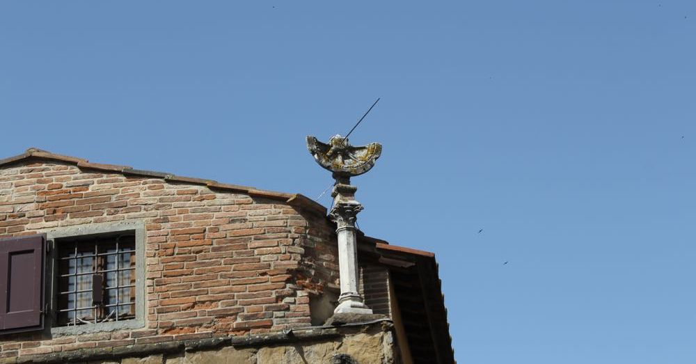 Rooftop Sundial