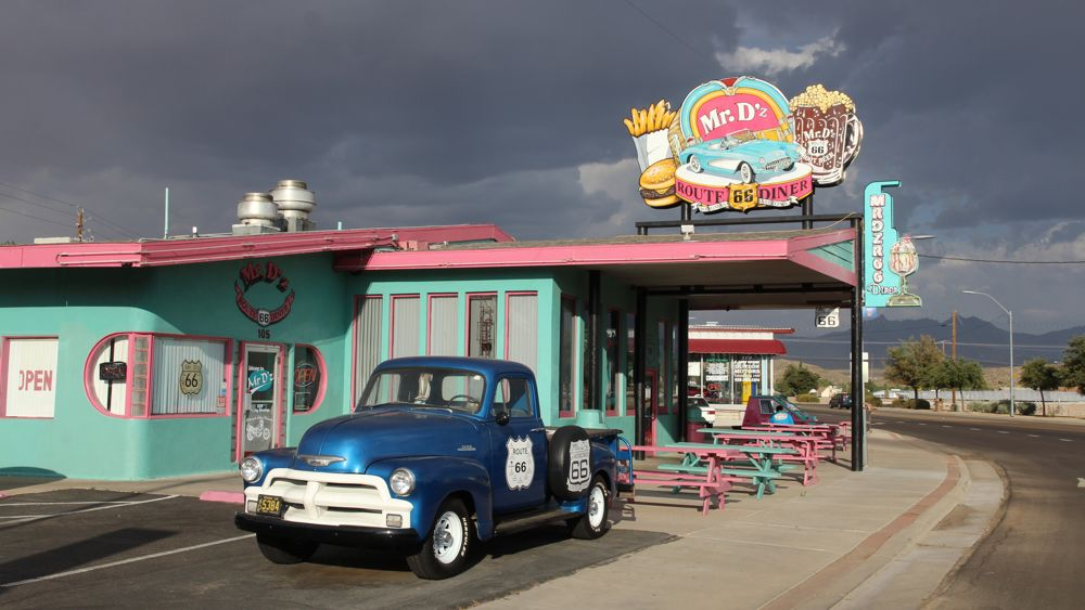 Mr. D'z Diner in Kingman.